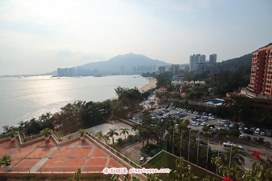 黃金海岸酒店面向泳灘的景致